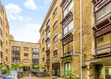 2 bed maisonette to rent in New Crane Place, Wapping, London E1W