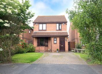 Thumbnail 3 bed detached house for sale in Horley, Surrey