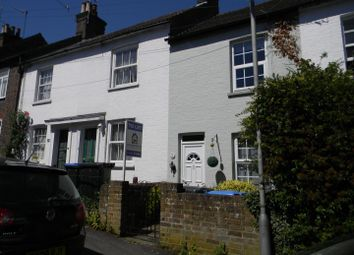 2 bed terraced house to rent in Victoria Road, Berkhamsted HP4