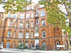 Thumbnail 4 bed flat to rent in Beaumont Crescent, West Kensington, London, London