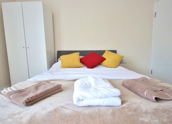 Room to rent in Hallsville Road, London E16