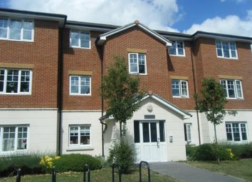 Thumbnail 1 bed flat to rent in Kennedy Road, Horsham