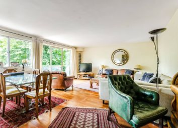 Thumbnail 3 bed flat for sale in Warwick Gardens, Kensington