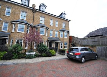 Thumbnail 5 bed town house for sale in Gossoms End, Berkhamsted