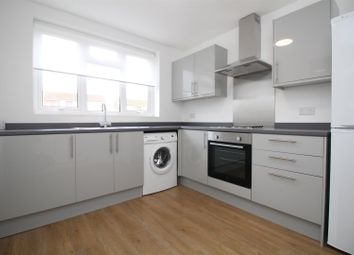 Thumbnail 2 bed flat to rent in Moat Close, Bushey