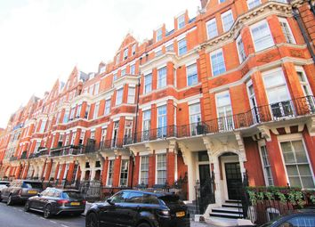 Thumbnail Commercial property for sale in Green Street, London