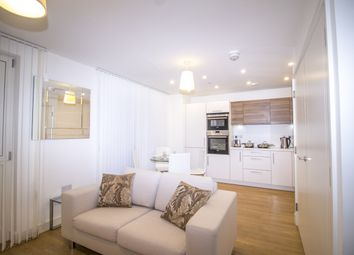 Thumbnail 1 bed flat to rent in Marner Point, Jefferson Plaza, London
