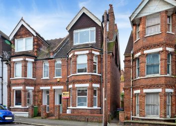 Thumbnail 6 bed end terrace house to rent in Radnor Park Crescent, Folkestone
