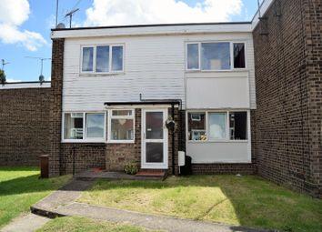 Thumbnail 2 bedroom maisonette to rent in Maplins Close, Rainham, Gillingham