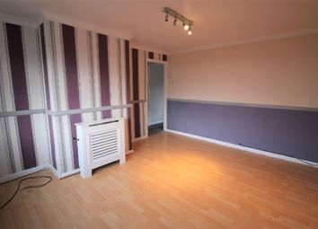 Thumbnail 2 bedroom flat to rent in Highfield Road, Glossop