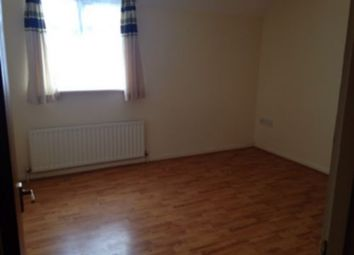 Thumbnail 2 bed flat to rent in Elmers End Road, Beckenham, Penge, South Norwood