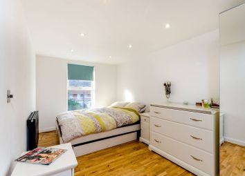 Thumbnail 1 bedroom flat for sale in Waldegrave Road, Crystal Palace