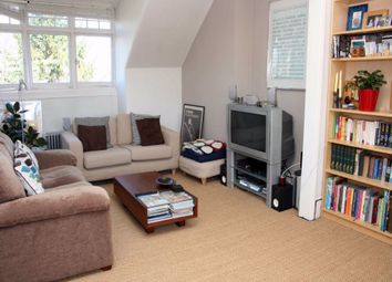 Thumbnail 2 bed flat to rent in Princes Avenue, Muswell Hill, London