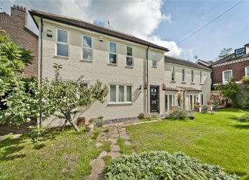 2 bed terraced house to rent in Mortlake Road, Kew, Richmond, Surrey TW9