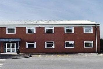 Thumbnail Office to let in Royle House, Cowm Top Business Park, Cowm Top Lane, Rochdale, Lancashire