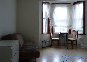 Thumbnail 1 bed flat to rent in High Road, Wembley, Middlesex