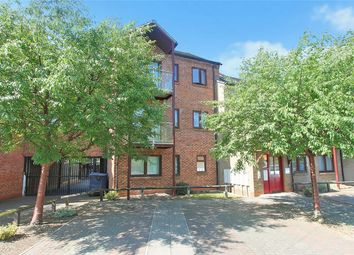 Thumbnail 2 bedroom flat for sale in Fallowfield, Cambridge
