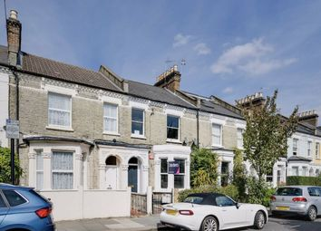 Hadyn Park Road, London W12. 2 bed flat