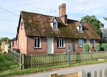 Thumbnail 2 bed cottage to rent in Headcorn Road, Staplehurst, Tonbridge