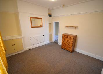Thumbnail Studio to rent in Wellesley Road, Torquay