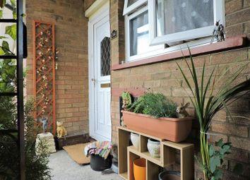 Thumbnail 2 bedroom flat for sale in St. Edmunds Road, Dartford
