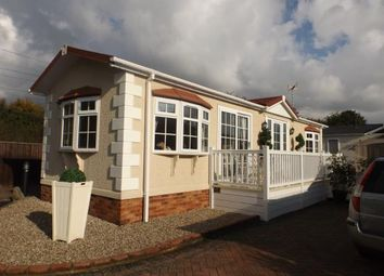 Thumbnail 2 bedroom mobile/park home for sale in Hayes Country Park, Battlesbridge, Wickford