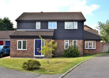 Thumbnail 4 bed detached house for sale in Sunridge Close, Newport Pagnell
