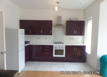 Thumbnail 3 bed flat to rent in Claude Road, Cardiff