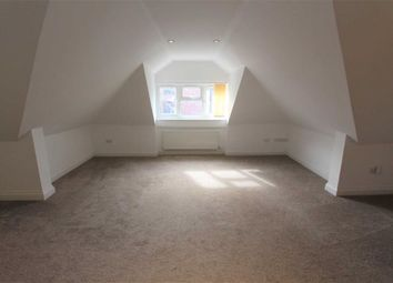 Thumbnail 2 bed flat to rent in Kings Head Hill, London