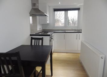 Thumbnail 1 bed flat to rent in Kenworthy Road, Homerton