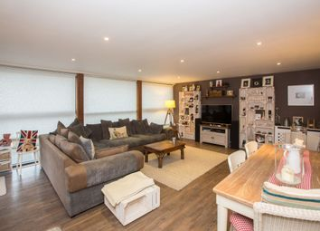 Thumbnail 2 bed flat for sale in Granville Road, St.Albans