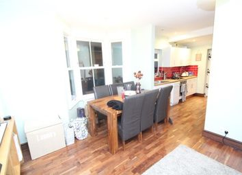 Thumbnail 1 bed flat to rent in Temple Road, South Croydon