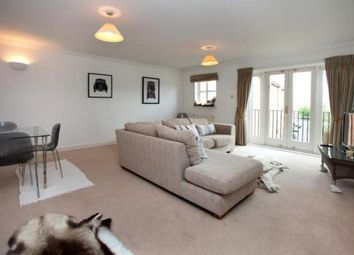 Thumbnail 2 bed flat to rent in Theed Street, London