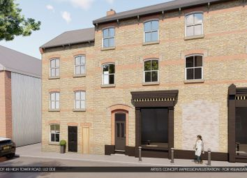 Thumbnail 2 bed mews house for sale in High Town Road, Luton