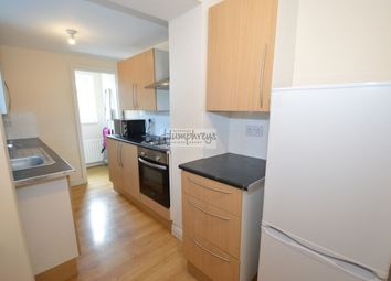Thumbnail 3 bed flat to rent in Fenham Road, Fenham, Newcastle Upon Tyne