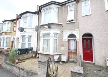 Thumbnail 3 bedroom flat for sale in Fulbourne Road, London