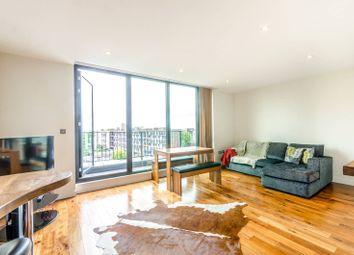 Thumbnail 2 bed flat to rent in De Beauvoir Crescent, De Beauvoir Town, London