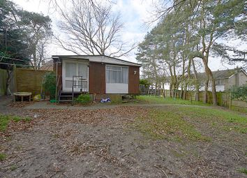 Thumbnail 3 bed mobile/park home for sale in Sandbrooke Walk, Reading, Berkshire