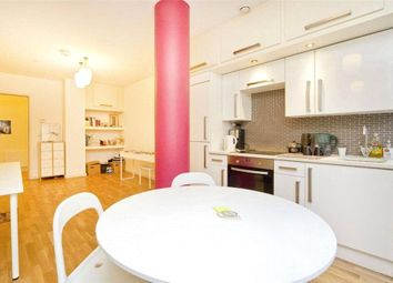 1 bed property to rent in Holmes Road, Kentish Town, London NW5