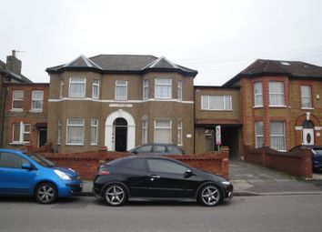 Thumbnail Studio to rent in Broomhill Road, Ilford