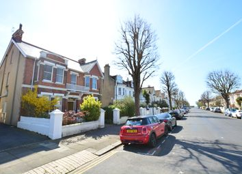 Thumbnail 1 bed flat to rent in Walsingham Road, Hove
