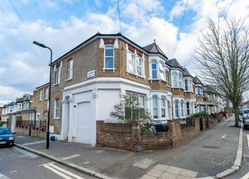 Thumbnail 1 bed flat to rent in Glyn Road, Clapton