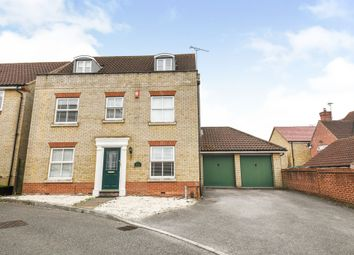 5 bed detached house for sale in Hyde Close, Chafford Hundred, Grays RM16