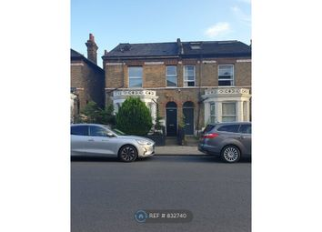 Room to rent in Fernlea Road, London SW12