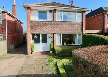 Thumbnail 3 bed detached house for sale in Victoria Road, Bingham, Nottingham