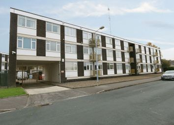 Thumbnail 2 bed flat for sale in Capstan Road, Hull