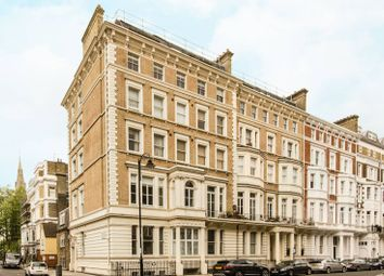 2 bed flat for sale in Harrington Gardens, South Kensington, London SW7