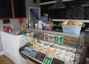 Thumbnail Restaurant/cafe for sale in Cafe & Sandwich Bars YO26, North Yorkshire