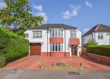 5 bed detached house for sale in Springfields, Broxbourne EN10