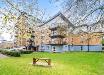 Thumbnail Flat for sale in Luscinia View, Napier Road, Reading